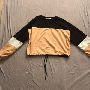 Tops - Cropped Crew neck